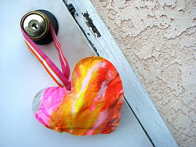 Valentine's Day Crafts: Paper Hearts