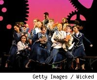 Cast of Wicked on stage