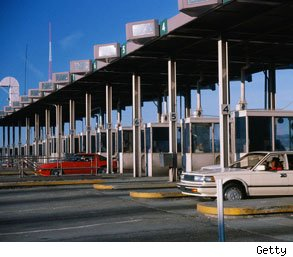 Illinois toll collectors stealing from fares