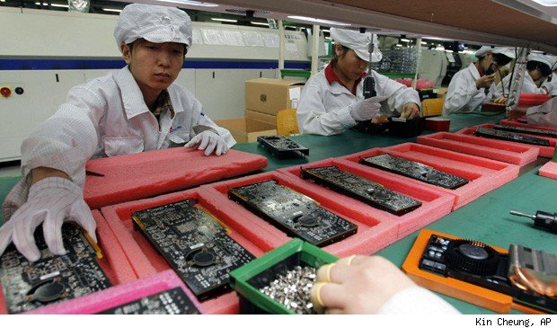 Foxconn underage interns workers iPhone China