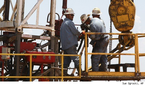 oil workers wages climb