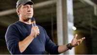 Life After 'Dirty Jobs': Mike Rowe Busts The Myths About Blue-Collar Work