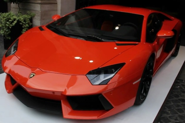 video-were-in-rome-to-drive-the-lamborghini-aventador