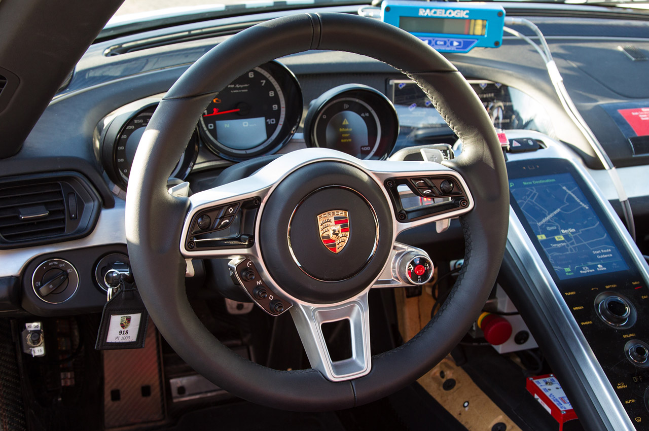 2014 porsche 918 spyder deep dive 0 autoblog. Black Bedroom Furniture Sets. Home Design Ideas