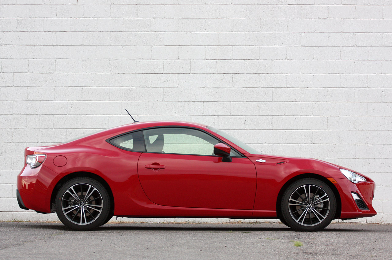 2013 scion tc specifications new cars used cars car. Black Bedroom Furniture Sets. Home Design Ideas