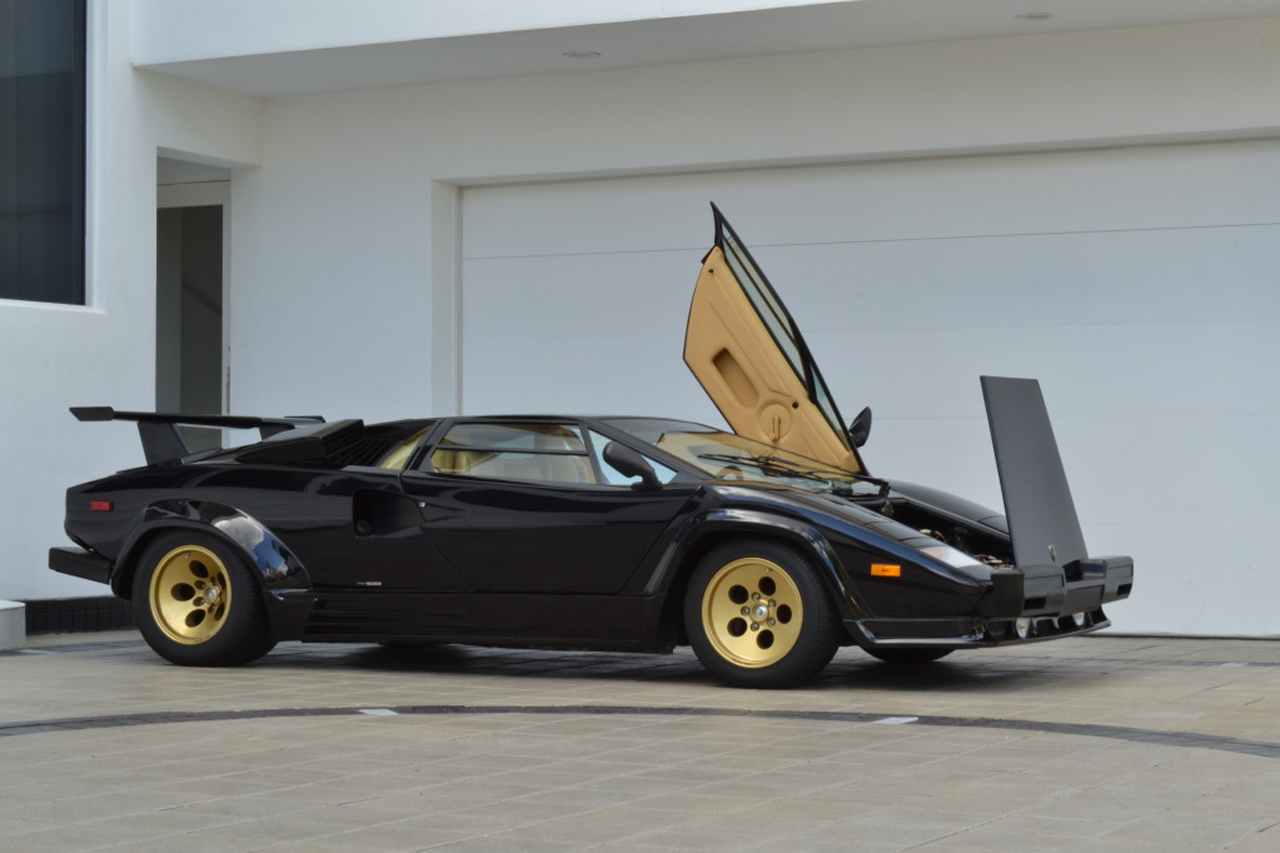 1 200 mile lamborghini countach 1 autoblog. Black Bedroom Furniture Sets. Home Design Ideas