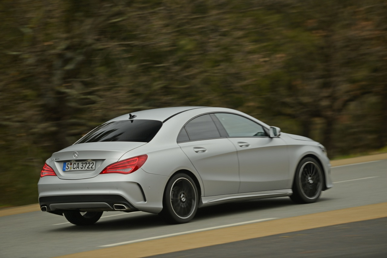 2014 mercedes benz cla250 cla250 4matic first drive review autos weblog. Black Bedroom Furniture Sets. Home Design Ideas