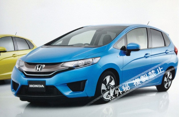 001-2014-honda-fit-leaked628opt.jpg