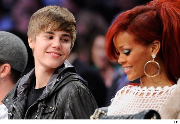 Justin chats it up with Rihanna