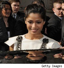 Freida Pinto at Chanel, Paris Fashion Week 2009