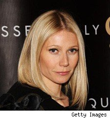 gwyneth paltrow at valentino the last emperor