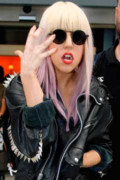 Lady Gaga Vampire Fangs