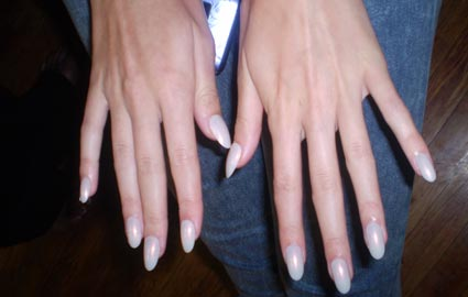Manicure tips at Cushnie et Ochs Spring 2010 show
