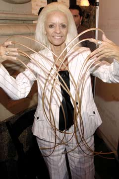 Lee Redmond Longest Fingernails