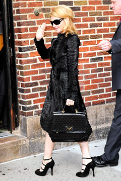 Madonno arrives for Letterman in vintage look