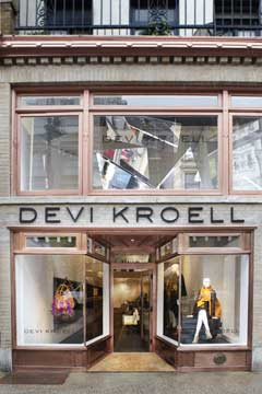 devi kroell store
