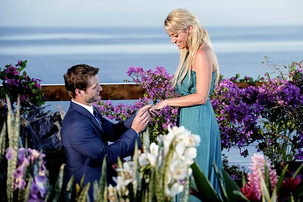 jake pavelka proposing vienna girardi teal dress the bachelor