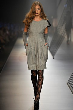 nevenka runway model gray dress L'Oreal 2010 melbourne fashion festival
