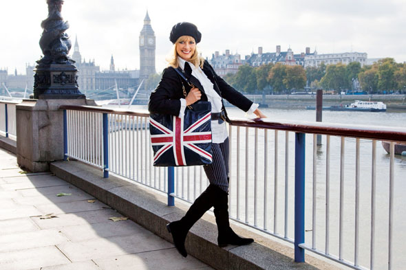 twiggy HSN collection union jack flag bag