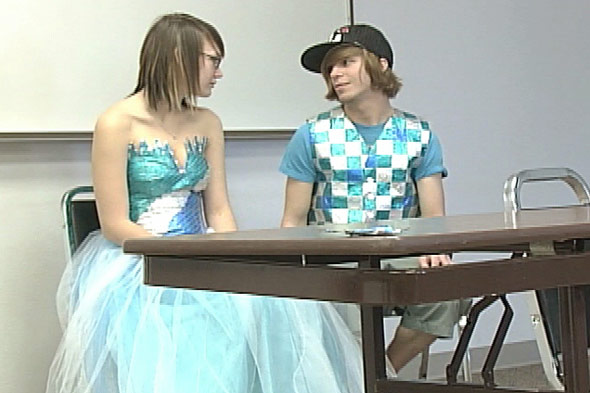 Gum Wrapper Prom Dress Iowa Teen Elizabeth Rasmuson
