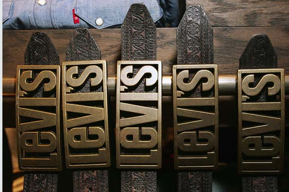 Levi's belt buckles