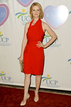 cynthia nixon red dress