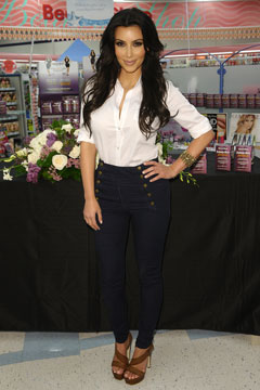 kim kardashian high-waisted mom jeans