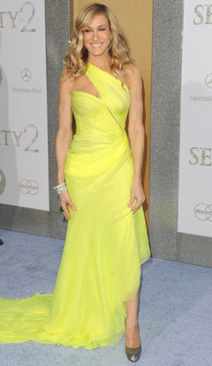 Sarah Jessica Parker Sex and the City 2 premiere neon yellow dress