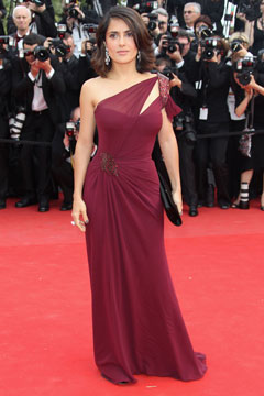 Salma Hayek couture gown Gucci Première floor length Bordeaux one-shoulder gown