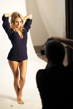 diane kruger v neck sweater allure july 2010