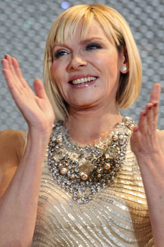 Kim Cattrall Bob Haircut