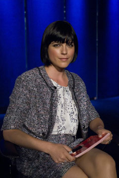 Selma Blair guest judge season 8 premiere 