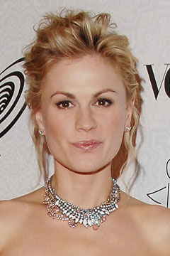 anna paquin wavy updo pink diamond necklace pink lips diamond studs art of elysium