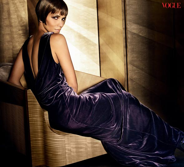 Halle Berry Vogue 2010 September issue purple velvet Ralph Lauren gown