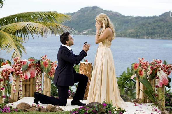 the bachelorette ali fedotowsky roberto martinex finale proposal engagement cream dress diamond ring on bended knee