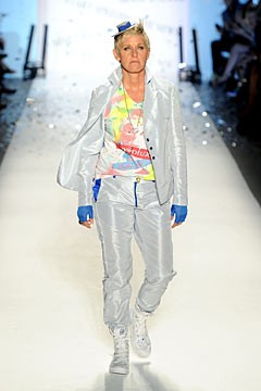 ellen degeneres richie rich fashion show spring 2011 runway suit fingerless blue gloves hat