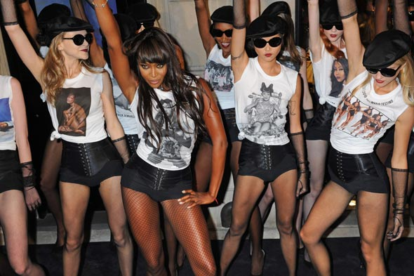Naomi Campbell Doce &amp; Gabanna Fashion's Night Out