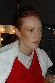 Richard Nicoll Spring 2010 Backstage Beauty