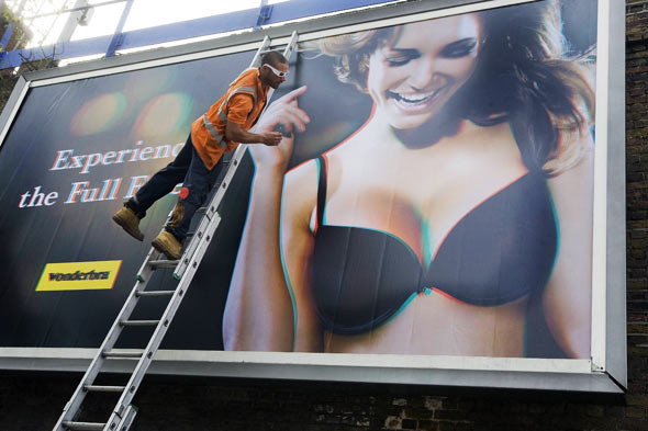 Wonderbra billboard