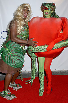 Heidi Klum apple costume Seal blond wig Eve 2006 Halloween bash