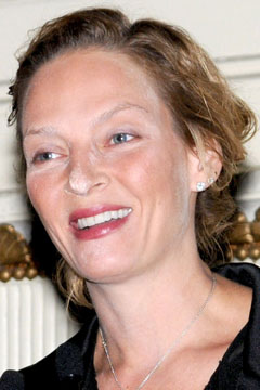 Uma Thurman powder face
