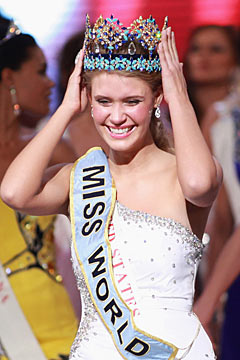 miss world 2010 American alexandria mills crown white dress