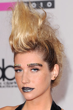 Ke$ha 2010 American Music Awards