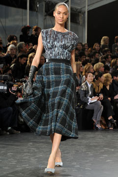 school marm skirt Louis Vuitton Fall 2011 runway