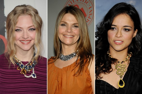 amanda seyfried kathryn erbe michelle rodriguez statement necklaces chunky jewels rhinestone