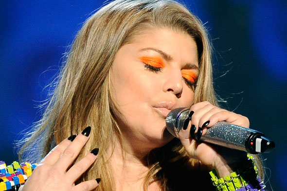 Fergie orange eye shadow