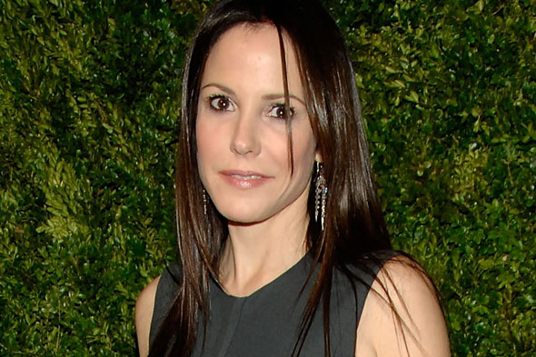 Mary-Louise Parker straight hair