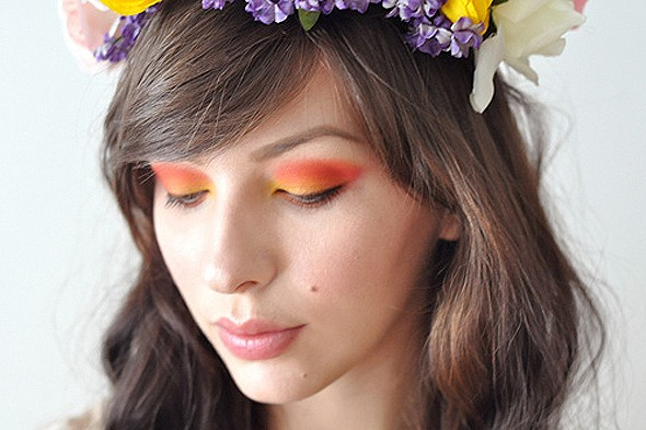 Keiko Lynn makeup monday red eyeshadow orange eyeshadow yellow eyeshadow