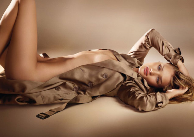 Rosie Huntington-Whiteley Burberry Body Fragrance Ad