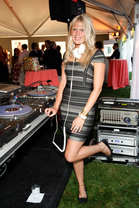 alexandra richards Hervé Léger by Max Azria dj